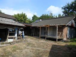 30-10 田園の中にある小菜園付き一軒家